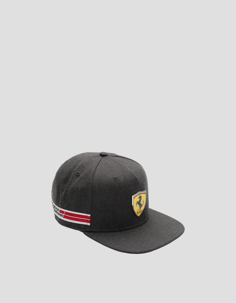 Scuderia Ferrari Online Store - Men's baseball cap with flat visor and Icon Tape -
