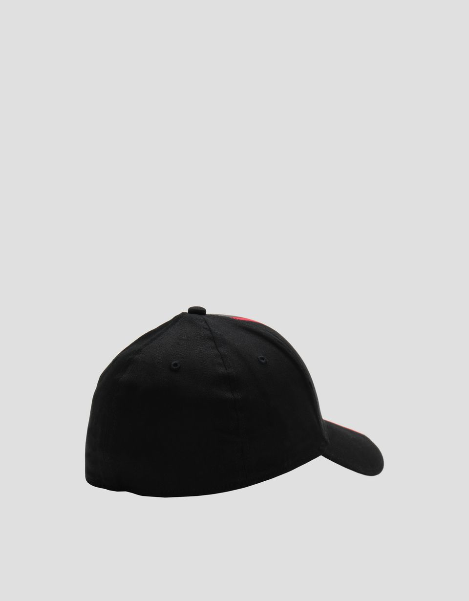 Scuderia Ferrari Online Store - Men's baseball cap with rubberized livery - Baseball Caps