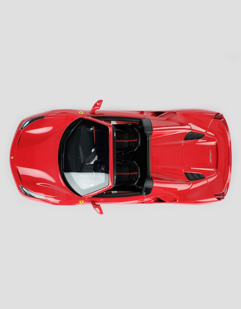 Scuderia Ferrari Online Store - Ferrari 488 Spider 1:18 scale model - Car Models 01:18