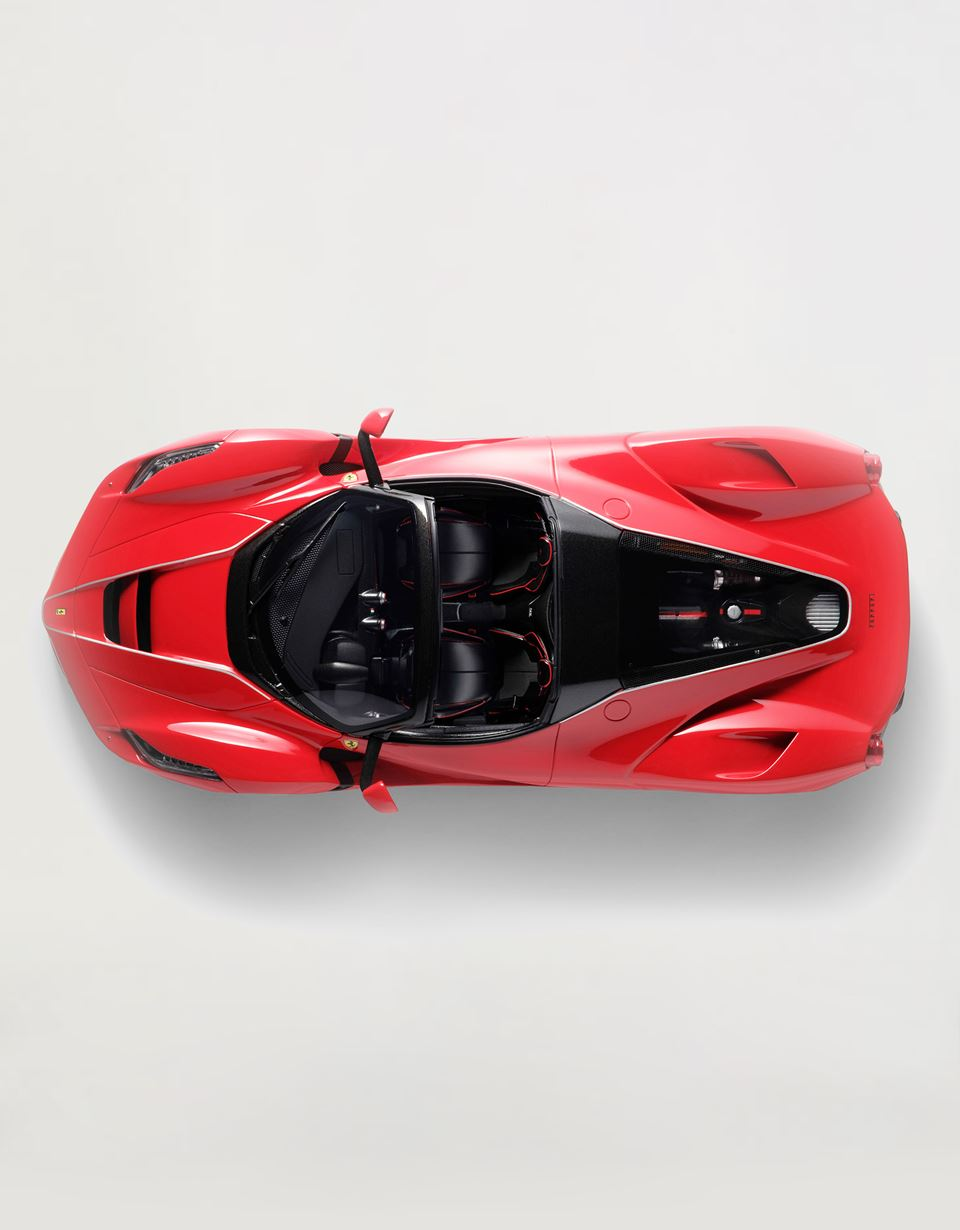 Scuderia Ferrari Online Store - LaFerrari Aperta 1:18 scale model - Car Models 01:18