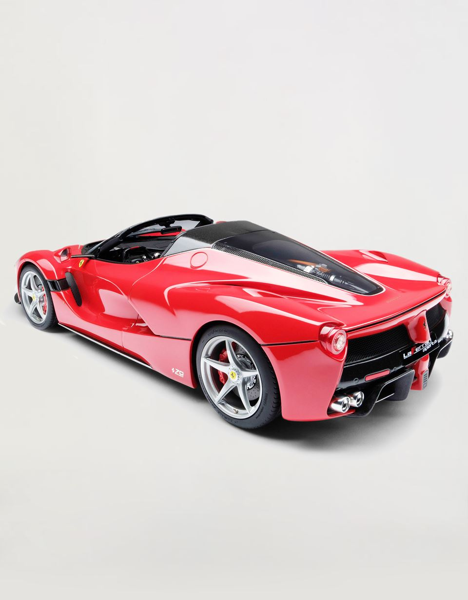 Scuderia Ferrari Online Store - LaFerrari Aperta model in 1:18 scale - Car Models 01:18