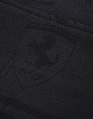Scuderia Ferrari Online Store - Rectangular jacquard scarf with Ferrari Shield - Scarves