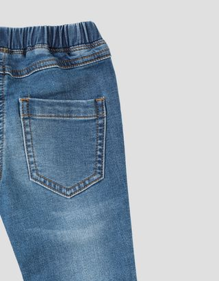 Scuderia Ferrari Online Store - Mädchen-Jeggings aus elastischer Baumwolle mit Ferrari Wappen - Jeans