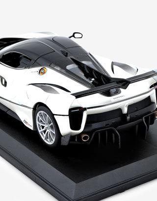 Scuderia Ferrari Online Store - Ferrari FXX-K EVO モデルカー 1:18スケール - 1:24スケール モデルカー