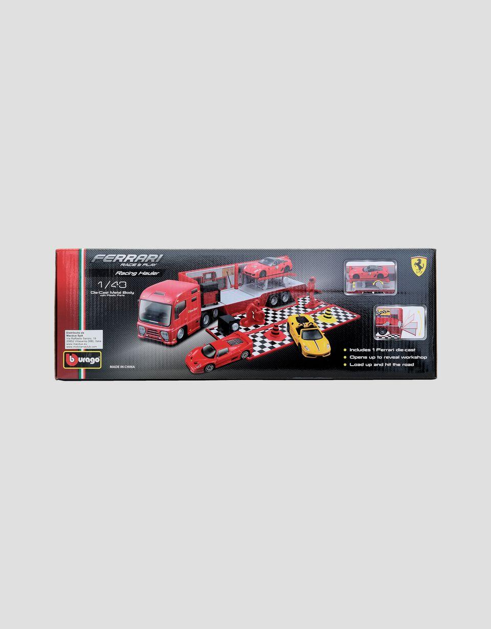Scuderia Ferrari Online Store - Автовоз Ferrari Race&Play в масштабе 1:43 - Игрушечные треки