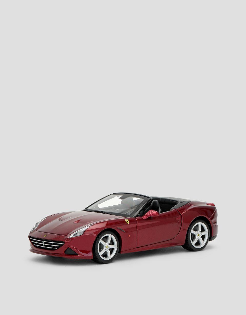 Scuderia Ferrari Online Store - Miniatura California T (open top) a escala 1:24 - Maquetas de coches 1:24