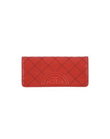 Фото - Бумажник красного цвета