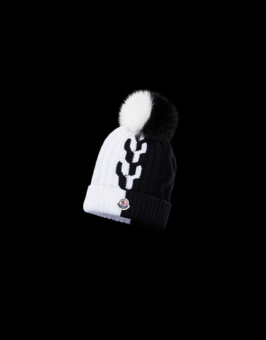HAT Black Category POMPOM BEANIES Woman