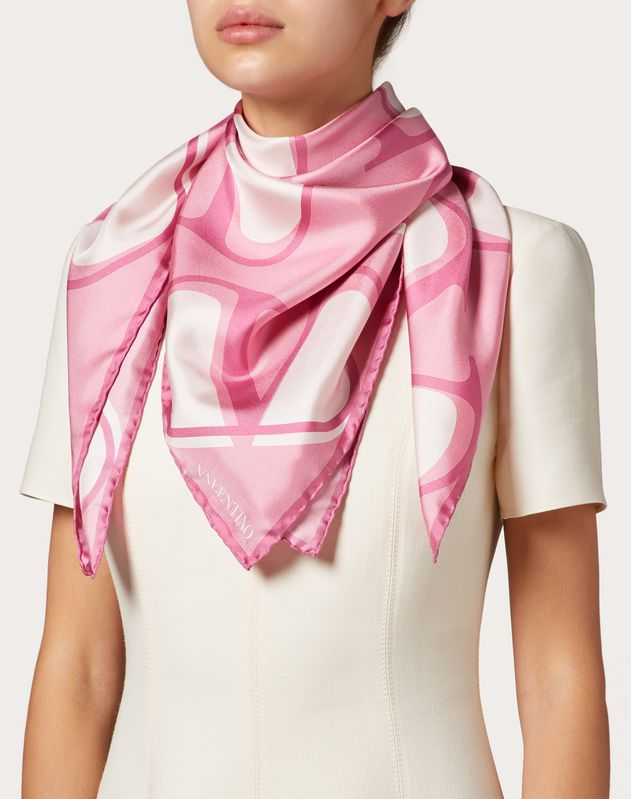 VLOGO print silk twill foulard 90x90 cm