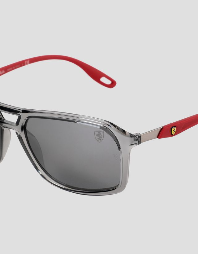 Scuderia Ferrari Online Store - Ray-Ban 与法拉利车队联名款 RB4329M 镜面镜片太阳镜 - 太阳镜