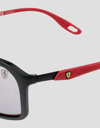 Scuderia Ferrari Online Store - Ray-Ban for Scuderia Ferrari with Chromance polarizing lenses RB4329M - Sunglasses