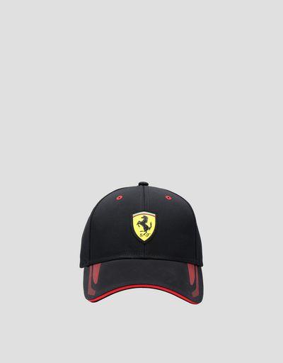 Casquette avec Scudetto Ferrari