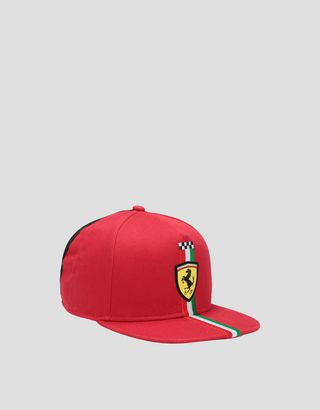 Scuderia Ferrari Online Store - Children's cap with the Italian flag - Baseball Caps