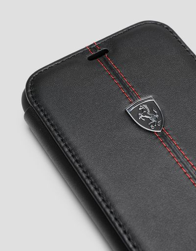 Scuderia Ferrari Online Store - Black leather flip case for iPhone 11 - Smartphone Accessories