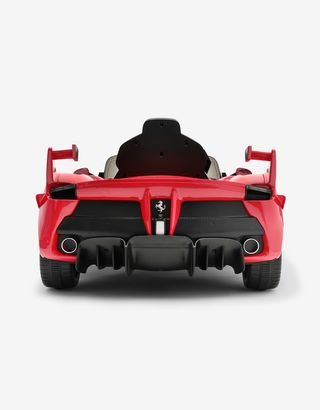Scuderia Ferrari Online Store - FXX-K EVO Ride-On with safety remote control - Radio Controlled Toys