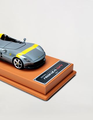 Scuderia Ferrari Online Store - Ferrari Monza SP1 1:43 scale model - Car Models 01:43
