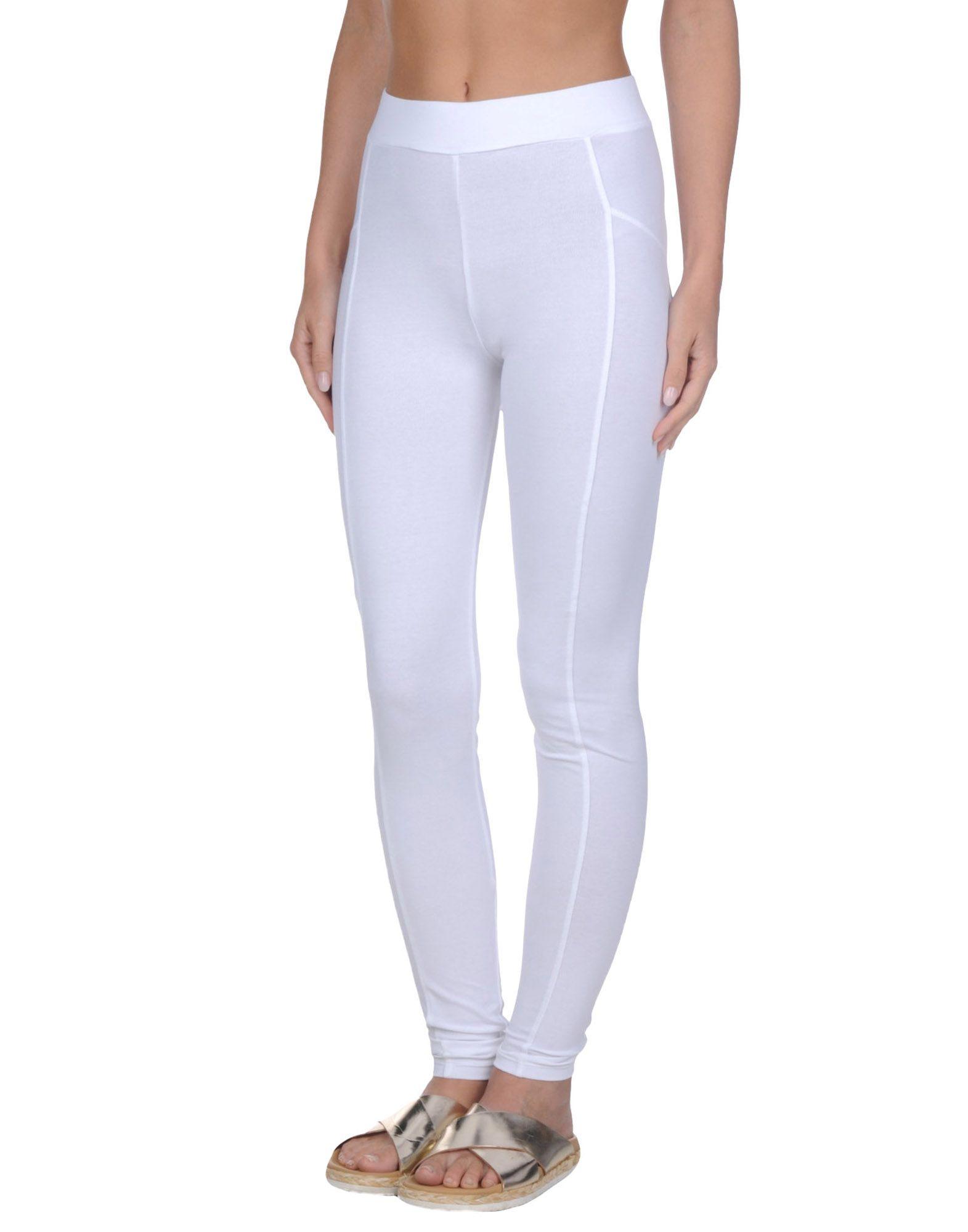 купить BLUGIRL BLUMARINE BEACHWEAR Пляжные брюки и шорты по цене 2350 рублей