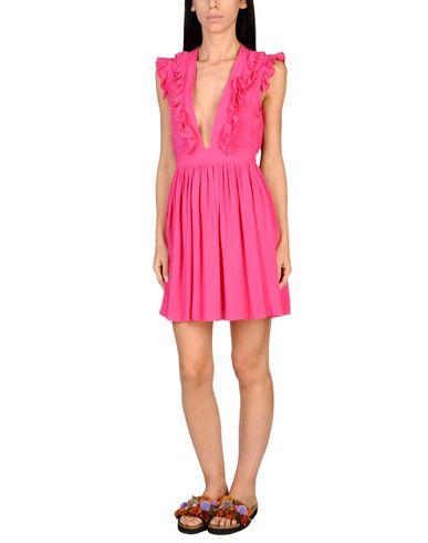 Фото - Пляжное платье от SUN SISTERS BEACHWEAR цвета фуксия