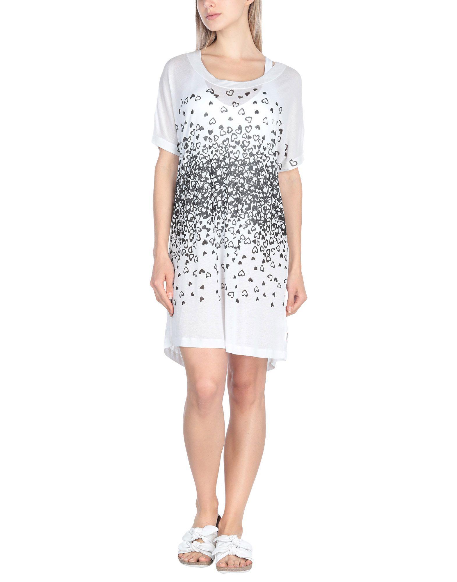 MOSCHINO Пляжное платье платье пляжное charmante платья и сарафаны приталенные
