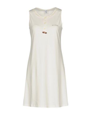Фото - Ночная рубашка от BLUGIRL BLUMARINE UNDERWEAR белого цвета