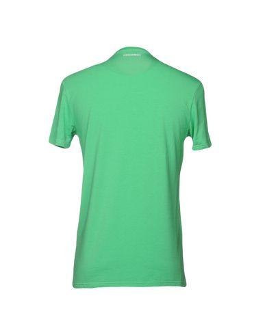 Фото 2 - Мужскую футболку  зеленого цвета