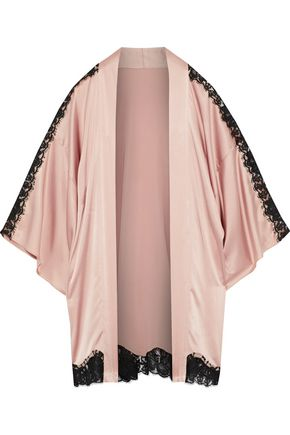 FLEUR DU MAL Chantilly lace-trimmed silk-blend charmeuse robe