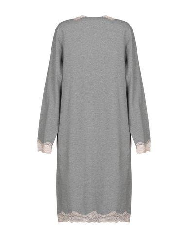 Фото 2 - Ночная рубашка от VIVIS серого цвета