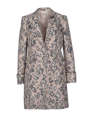Фото - Легкое пальто светло-розового цвета