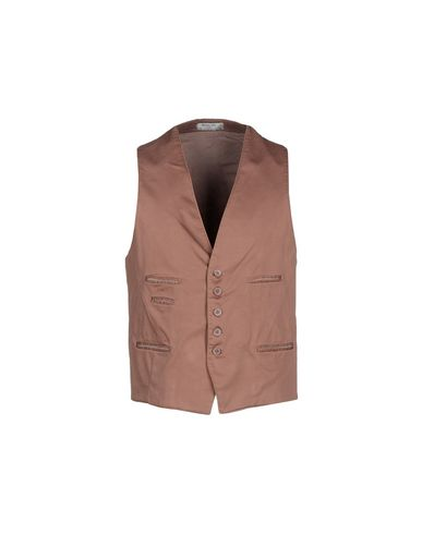 manuel-ritz-waistcoat