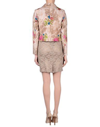 Фото 2 - Женский комплект одежды BENCIVENGA COUTURE бежевого цвета