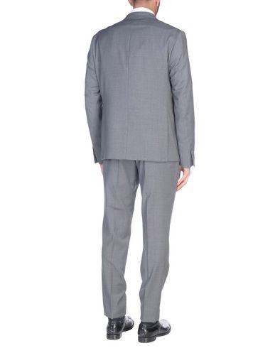 Фото - Мужской костюм DOMENICO TAGLIENTE свинцово-серого цвета
