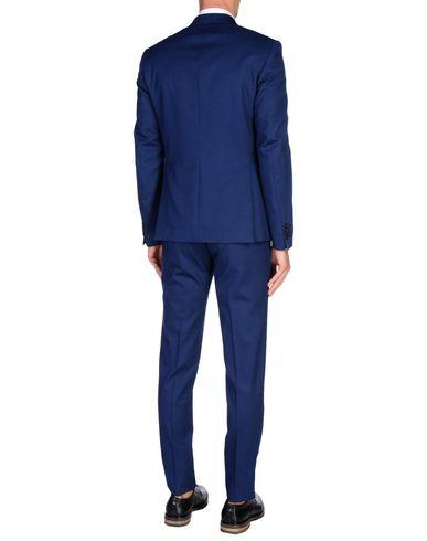 Фото 2 - Мужской костюм BRIAN DALES темно-синего цвета