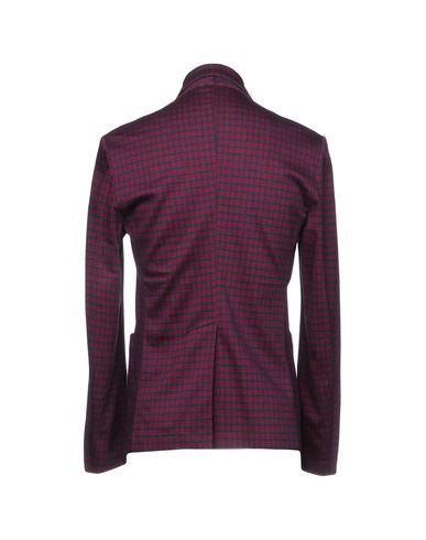 Фото 2 - Мужской пиджак BARENA красного цвета