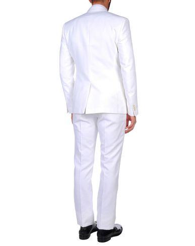 Фото 2 - Мужской костюм  белого цвета