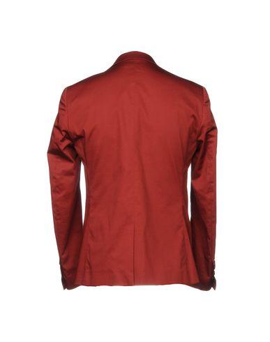 Фото 2 - Мужской пиджак  красно-коричневого цвета