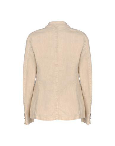 Фото 2 - Женский пиджак L.B.M. 1911 бежевого цвета