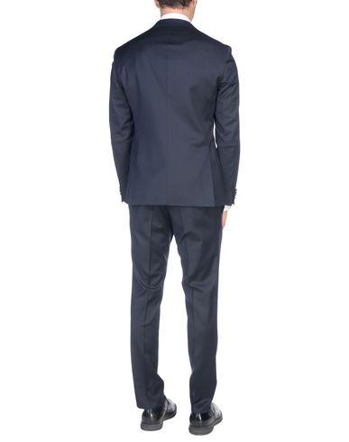Фото 2 - Мужской костюм BOSS BLACK темно-синего цвета