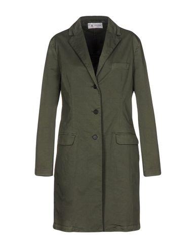 Фото - Легкое пальто от BARENA цвет зеленый-милитари