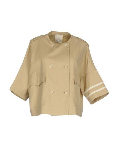 Фото - Женский пиджак GOLD CASE бежевого цвета