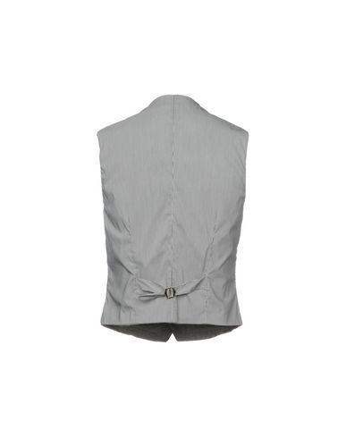 Фото 2 - Мужской жилет  серого цвета