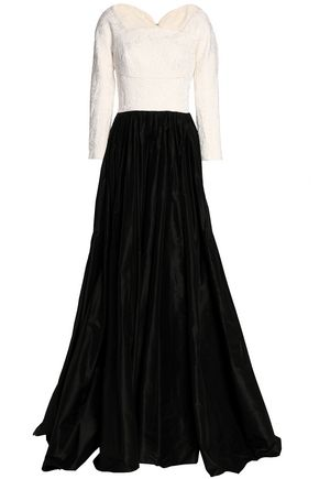 OSCAR DE LA RENTA Matelassé and pleated taffeta gown