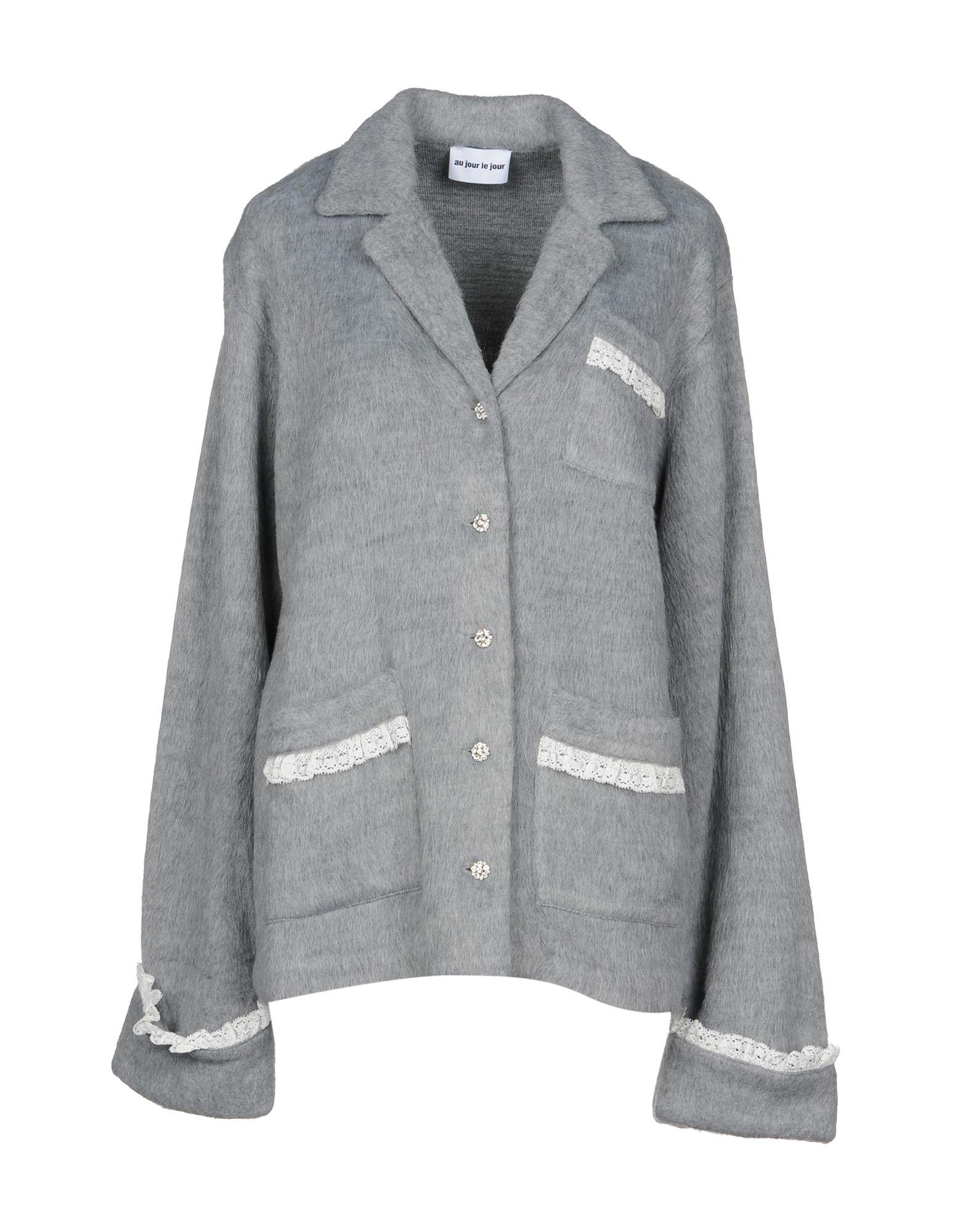 AU JOUR LE JOUR Blazer in Grey