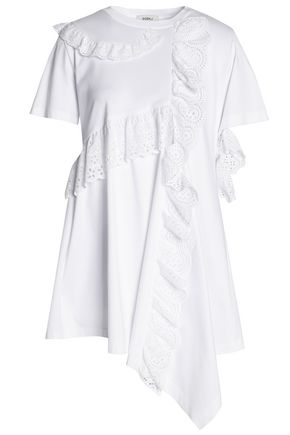 GOEN.J Asymmetric ruffled broderie anglaise-trimmed cotton-jersey top