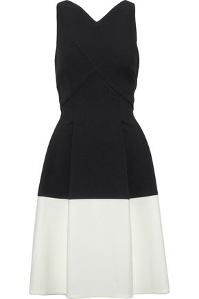 ROLAND MOURET Ellesfield pleated two-tone crepe dress