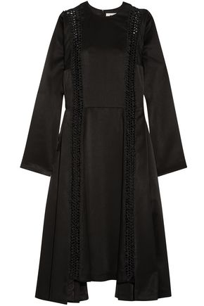 NOIR KEI NINOMIYA Asymmetric macramé-trimmed satin dress