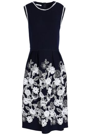 OSCAR DE LA RENTA Floral-appliquéd embroidered wool dress
