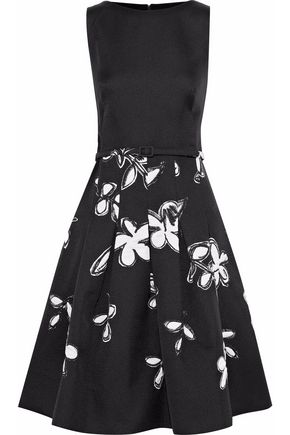 b3da4bc045 OSCAR DE LA RENTA Belted pleated printed satin-crepe dress