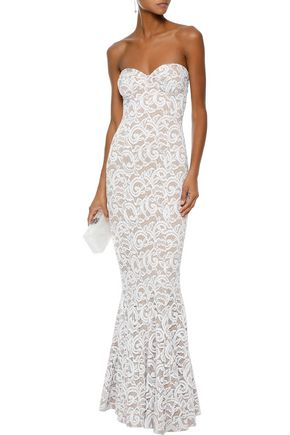 NORMA KAMALI Strapless fluted lace gown