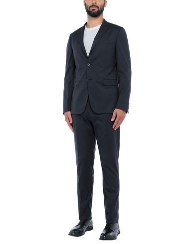 Купить Мужской костюм  темно-синего цвета