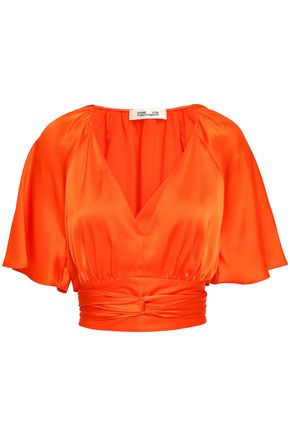 DIANE VON FURSTENBERG Cropped gathered satin top